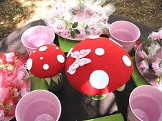 Toadstool centrepiece #fairy #party