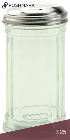 Premium Edition Royal Industries Set of 2 Clear Plastic Sugar Shakers with Stainless Steel Side Flip Pouring Cap