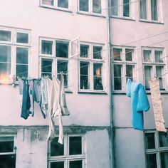 Copenhagen Courtyard  #copenhagen #copenhagenlife #courtyard #laundry #laundryday #picoftheday #idyllic #vasketøj #baggård