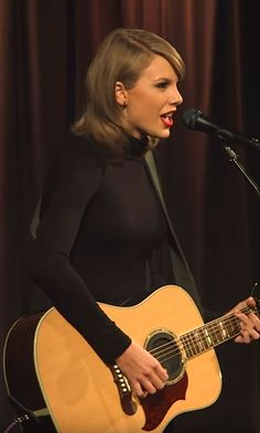 """Pin for Later: Taylor Swift Discusses Being a """"Psycho Serial Dater Girl"""" During an Acoustic Performance of """"Blank Space"""""""