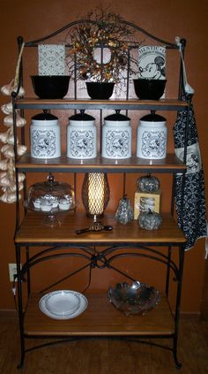 Gourmet Mickey Baker's rack ready for fall.
