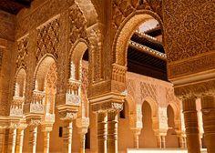 Visita turística a La Alhambra. Información práctica, historia de La Alhambra, que comer, que ver en La Alhambra, generalife, patio de los arrayanes