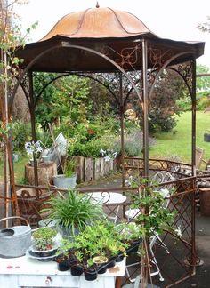 Rosenpavillon, Pavillon zum Bewachsen lassen mit Ramblerrosen, Kletterrosen oder Clematis