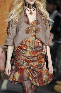 Anna Sui Fall 2009 - Details