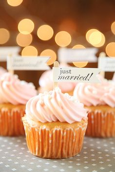 Just Married Cupcake Toppers Wedding toppers Cupcake by Unify