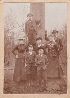 Carte de visite of a family standing under a tree. From Hamburg, Germany.