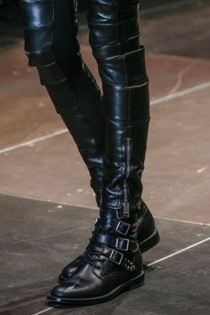 Saint Laurent Fall 2013 RTW - Review - Fashion Week - Runway, Fashion Shows and Collections - Vogue - Vogue