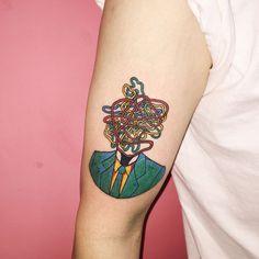 As tatuagens surrealistas e alucinantes de Kim Michey: http://followthecolours.com.br/tattoo-friday/as-tatuagens-surrealistas-e-alucinantes-de-kim-michey/