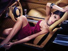 car / dress / pose