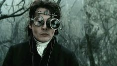 Find images and videos about movies, johnny depp and sleepy hollow on We Heart It - the app to get lost in what you love. Sleepy Hollow Johnny Depp, Sleepy Hollow 1999, Johnny Depp Glasses, Famous Movie Scenes, Best Screenplay, Tim Burton Films, Johnny Depp Movies, Michael Keaton, Edward Scissorhands