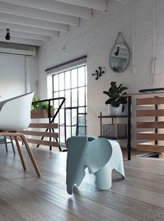 Can we please talk about the elephant in the room? The Vitra Eames Elephant in Ice grey to be exact!