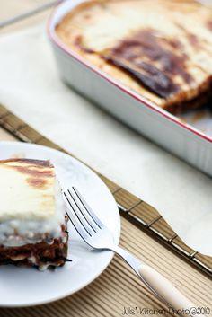 My Greek dinner: moussaka - Juls' Kitchen