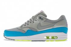 Nike Air Max 1 FB Pack  http://www.ebay.com/itm/Nike-Air-Max-1-FB-Metallic-Silver-Current-Blue-Running-Shoe-579920-004-Size-8-/191334926031?ssPageName=STRK:MESE:IT