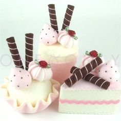 Felt Cake Dessert Set 3 Strawberry and Chocolate von onenonly88, $18,00