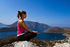 Yogaferie på Kalymnos, Grækenland   5. - 12. maj 2017 - Dette er en ferie til dig, som vil væk fra den hektiske hverdag, stresse af og afspænde musklerne. I løbet af en hel uge med yoga vil du lære, hvordan du strækker, toner og bliver bevidst om både krop og sind. Og det hele med middelhavet og den smukke ikk
