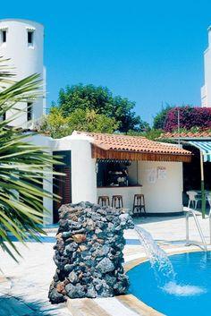 Ischia, Lacco Ameno. Al centro di un raffinato parco, con 2 piscine termali, reparto dedicato alle cure termali e centro di bellezza.Non perdete tempo e prenotate ora la vostra vacanza al resort Grazia Terme & Wellness****: https://www.spadreams.it/offerte/italia/ischia/lacco-ameno/resort-grazia-terme-wellness/?t=2_57&dmin=3 #termeitalia #graziaterme #ischia #laccoameno #linfodrenaggio #fanghi