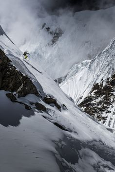 """""""Manaslu Ski Challenge 2014"""" was the second event of the five-year project called Hic Sunt Leones..   Because skiing and the Himalaya is a natural connection!   photo: Marcin Kin Photography #suntleones #manaslu"""