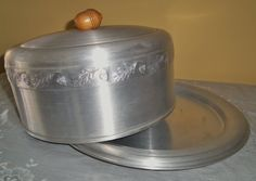 Your place to buy and sell all things handmade Cake Baking Pans, Bread Baking, Vintage Cake Plates, Pie Bird, Cake Carrier, West Bend, Take The Cake, Plate Stands, Pie Plate