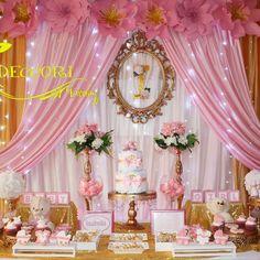 #BabyShower para celebrar la bienvenida de Isabella #Floresgigantes #DeccoriEventos #decoraciondeeventos #pink #gold #glitherpink…