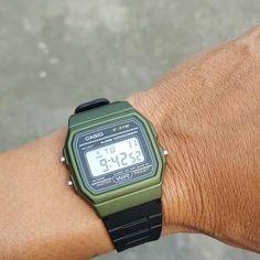 G Shock Watches, Sport Watches, Watches For Men, Casio G-shock, Casio Watch, Hipster Fashion, Vintage Fashion, Mens Fashion, Authentic Watches