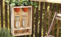 Bird Feeder instructions on the dremel site. Bird House Feeder, Diy Bird Feeder, Bird Feeder Stands, Cabin Crafts, Wood Crafts, Wine Cork Art, Garden Projects, Garden Ideas, Diy Projects
