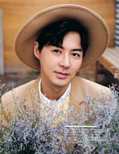10asia+Star Magazine: 전진