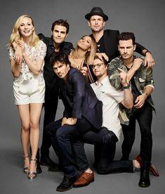 The vampire diaries cast Ian Somerhalder Vampire Diaries, Vampire Diaries Stefan, Vampire Diaries Cast, Vampire Diaries The Originals, Michael Malarkey, Michael Trevino, Cast Images, Vampire Series, Vampier Diaries