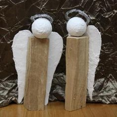 Angels made of logs: homemade Christmas present - very easy! Christmas Angel Decorations, Christmas Angels, Christmas Projects, Christmas Crafts, Christmas Ornaments, Homemade Christmas Presents, Diy Angels, Diy And Crafts, Crafts For Kids