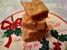Sweet Tea and Cornbread: Easy Peanut Butter Fudge! Use peanut butter cips instead of vanilla. Holiday Desserts, Just Desserts, Holiday Treats, Christmas Recipes, Christmas Ideas, Candy Recipes, Dessert Recipes, Dessert Ideas, Cookie Cake Pie