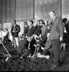 """2001 a space odyssey behind the scenes   Share the post """"Behind the Scenes – 2001: A Space Odyssey"""""""
