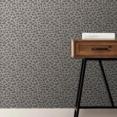 A stunning Animal metallic wallpaper design in silver and grey from the Animal Prints Wallpaper Collection. Go Wallpaper UK stock a wide range of Fine Decor wallpaper. Silver Print Wallpaper, Grey Metallic Wallpaper, Animal Print Wallpaper, Wallpaper Uk, Luxury Wallpaper, Contemporary Wallpaper, Glitter Wallpaper, Designer Wallpaper Brands, Specialist Paint