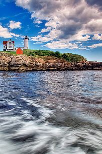 Nubble Lighthouse | 24 Reasons Everyone Should See Maine Before They Die