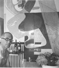 Le Corbusier a la villa E1027 de Jean Badovici et Eileen Grey. Fondation Le Corbusier - Buildings