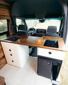 Interior Motorhome, Kombi Motorhome, Kombi Interior, Diy Interior, Camper Trailers, Travel Trailers, Van Conversion Interior, Camper Van Conversion Diy, Van Conversion Kitchen