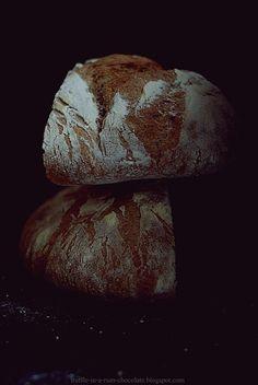 Ciemny żytni chleb polski na zakwasie