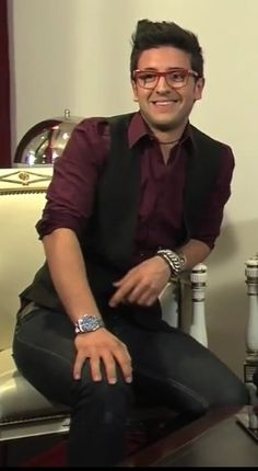 Piero Barone ❤ IL VOLO from the TKM Live interview video-Argentina.  Love this pic! Place NO WATERMARK on this photo.