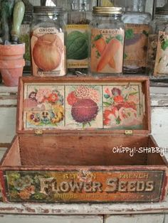 love bell jars vintage flower seed box ~~ from ChiPPy! Vintage Crates, Vintage Tins, Shabby Vintage, Vintage Labels, Vintage Flowers, Vintage Decor, Decoupage Vintage, Vintage Seed Packets, Seed Packaging