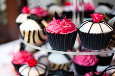 pink black and white cupcakes