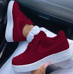 Sneakers – High Fashion For Men Cute Nike Shoes, Cute Sneakers, Sneakers Nike, Adidas Shoes, Hypebeast Sneakers, Jordan Shoes Girls, Girls Shoes, Trendy Shoes, Casual Shoes