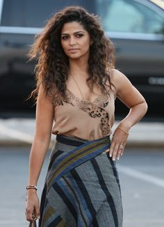 Pin for Later: Camila Alves Just Wore the 1 Sexy Skirt You Need to Wear This Summer