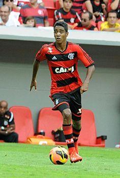 Gabriel - Meio-campo (Camisa 10)