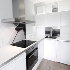Kaupunki kaksion sisustusremontti @tilaguru #sisustus #sisustusinspiraatio #sisustussuunnittelu #tilasuunnitelma #keittiöremontti #keittiö…