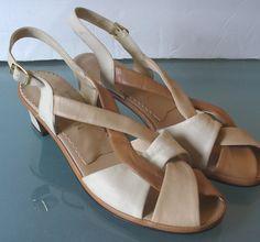 Vintage Naturalizer Mocha Sandals by TheOldBagOnline on Etsy