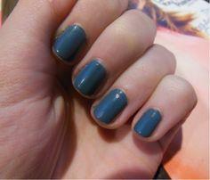 Revlon nail polish 'Chic'