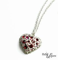 Hey, I found this really awesome Etsy listing at https://www.etsy.com/listing/113959644/heart-of-a-liar-necklace-designed