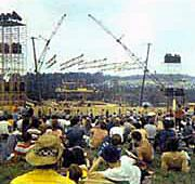 Woodstock 1969 Lineup and Songlist - featuring Jimi Hendrix, Arlo Guthrie, Santana, Grateful Dead, Janis Joplin, Jefferson Airplane, Joe Cocker, and more, plus personal accounts from those who attended.