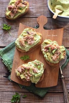 Aperitif with nuts - Clean Eating Snacks Best Dessert Recipes, Fun Desserts, Baby Food Recipes, Cooking Recipes, Healthy Diet Recipes, Vegetarian Recipes, Avacado Appetizers, Avocado Recipes, Easy Healthy Breakfast