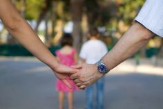 10 ways to prioritize your spouse with young kids - love - marriage - date night