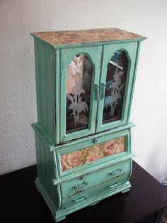 Shabby Chic Vintage jewelry box
