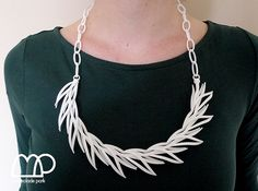 #Reeds necklace in white    repin .. like .. comment  :)    http://amzn.to/ZkZaw0